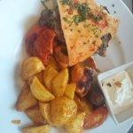 OBEIRUT Lebanese Cuisine Foto
