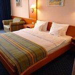 โรงแรมเอเทรี่ยมพาเลซ