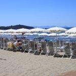 einer der vielen bezahlbarer Strandabschnitte