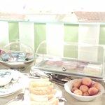 leckeres Buffet zum Frühstück