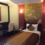 Foto de Mirth Sathorn Hotel