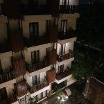 Photo de Sense Hotel Seminyak