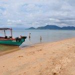Koh Tonsay west beach looking back at Kep