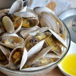 Steamed soft shell clams