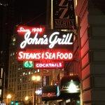John's Grill (neon sign).