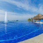 Photo of La Isla Huatulco & Beach Club