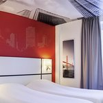 Photo de Ibis Styles Strasbourg Centre Gare