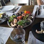 Oysters, Crab slider & Seafood Platter