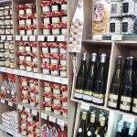 Avis aux Gourmands.. Terrines artisanales, Miel d'Apiculteur IGP, Confitures de Nicole, Vin d'Al