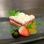 White Chocolate & Raspberry Ripple Cheesecake
