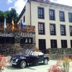 Fachadas del Hotel Mirador de Barcia