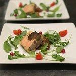 Foie gras de canard maison et truffes noires mélanosporum.