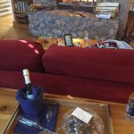 Photo de Romantic RiverSong Bed and Breakfast Inn
