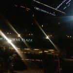Photo de Crowne Plaza Ahmedabad City Centre