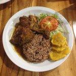 Pollo en salsa caribeña - Poulet in karibischer Sauce