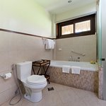 Beachview Suite Bathroom