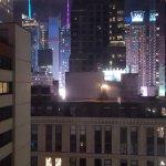 Photo de The Manhattan at Times Square Hotel