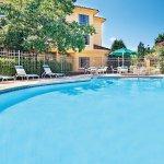 Photo de La Quinta Inn & Suites Macon