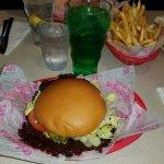 Schoops Hamburgers resmi