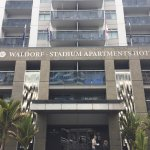 Photo de Waldorf Stadium Apartments Hotel