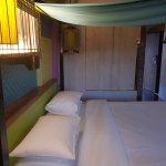 Patong Beach Hotel resmi