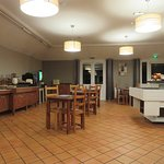 Restaurant /Bar