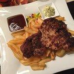 Texas Steak mit Steak-Pommes (18.80 EUR)