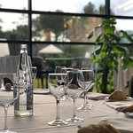 Realiza tu almuerzo de trabajo en nuestro restaurante con luz natural eventos3@hotelnuevoboston.