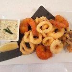 Calamari e Gamberi Fritti: Fried calamari and shrimps accompanied by horseradish aioli