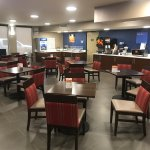 Beautiful clean lobby, seating area & breakfast rooms.
