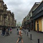 balcones y paseando x sus calles