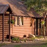 Photo de O-Bar-O Cabins