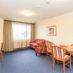 Standard 1 Bedroom Suite Lounge