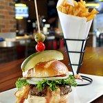 GP Deluxe Burger