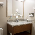 SureStay Plus Hotel by Best Western St. Louis Airport Photo