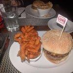 Foto di Luxe Burger Bar