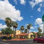 Foto de La Quinta Inn Laredo I-35