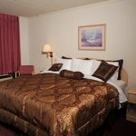 Photo of Branson Yellow Rose Inn and Suites