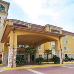 Photo of La Quinta Inn & Suites Little Rock - Bryant