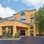 Photo of La Quinta Inn & Suites Clarksville