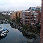 Foto de Coast Victoria Hotel & Marina by APA