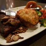 Foto di MR MIKES SteakhouseCasual Red Deer