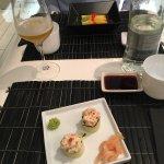 Foto de Zushi Japanese Restaurant