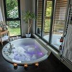 The Retreats Inside Spa Bath