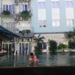 HARRIS Hotel & Residences Riverview Kuta Foto