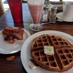 waffles bacon and smoothie