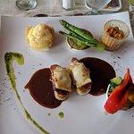 Beef tenderloin w/ cranberry and mustard sauce