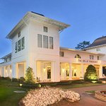 Photo of The Carolina Hotel - Pinehurst Resort