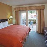 Photo de Scottsdale Suites on Shea