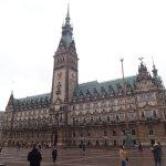 市庁舎の外観